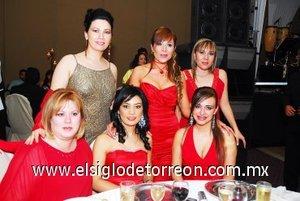 24112007 Luly Delgadillo, Mariana Barrios, Sandra Nicase, Perlita Muro, Vanesa Delgadillo y Graciela Villalobos.