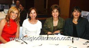 25112007 Afife Ayoub, Marlies Garza, Rosario Fernández y Mónica Cueto, en la clausura de las fiestas del Centenario de Torreón.