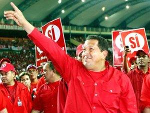 El principal obstáculo de Hugo Chávez es  Vanessa Meneses, de 27 años de edad, una madre soltera que ha respaldado Chávez en elecciones anteriores, pero quien ahora teme que pudiera convertirse en otro Fidel Castro.