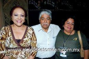 18112007 Idalia Juárez, Francisco Sifuentes e Isolina Estrada.