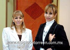 25112007 Gaby Sologaistoga y María de Jesús Machado.
