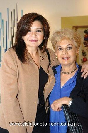 25112007 Lourdes Bernal y María Estela de la Parra.