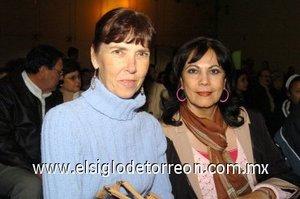 25112007 Ruth de la Fuente y Rosa María de Escamilla.