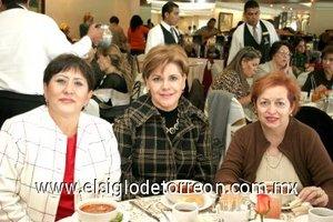 25112007 Humbelyna Govea, Mayela de Garza y Nancy de Lozano.