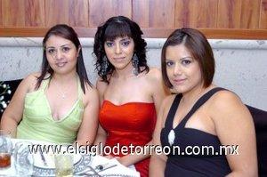 28112007 Diana Hernández, Artemisa Rodríguez y Martha Castro.