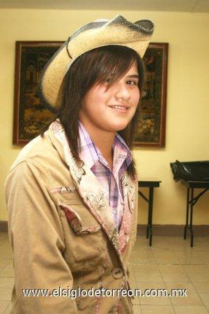 28112007 Vestida de vaquerita Lorena Alejandra Lozano Martínez celebró sus 14 años de vida.