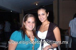 29112007 Daniela Macías y Mariel del Bosque.
