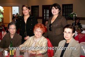 29112007 Oly Medina, Cuquita Franco de Quiroga, Cristina González, Mirna Gutiérrez y Carmelita Díaz.