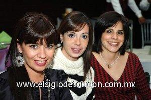 30112007 Anabel C. de Murra, Belinda de Ortueta y Laurencia de Herrera.