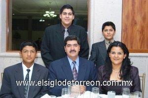 30112007 Gerardo Gabaldón y Laura Berna de Gabaldón y sus hijos Víctor, Osvaldo y Mauricio.