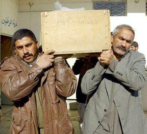 La ola de violencia en Irak se cobró  la vida de al menos 47 personas, ya que estallaron tres coches-bomba en la ciudad de Amara y otro en Bagdad.