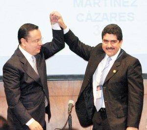 El 8 de diciembre, Germán Martínez Cázares recibió de Manuel Espino la presidencia nacional del PAN.