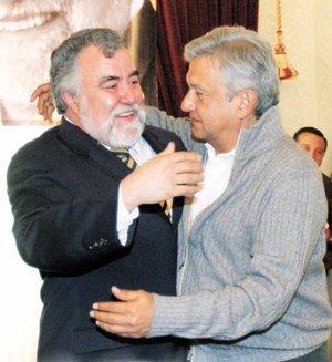 Tras la dirigencia nacional perredista, Alejandro Encinas recibió el respaldo de López Obrador.