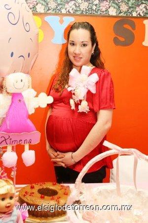 28122007 Karina Calderón de Rodríguez, espera el próximo nacimiento de su bebé.