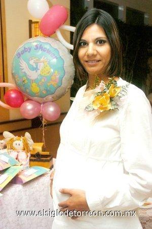 15122007 Mayela Rodríguez de Reveles en la fiesta de regalos para bebé que le fue organizada.
