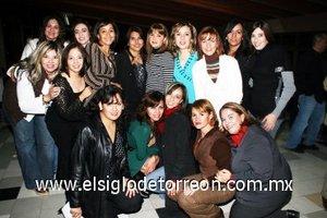 04012008 Pilar, Mague, Lidia, Gaby, Ileana, Marcela, Nancy, Karla, Chayo, Claudia, Lulú, Magda, Paty, Adame, Lolita de Villa, María Rosa y Vero.
