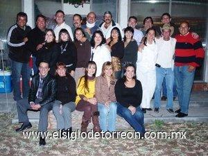 11012008 Asistentes a la posada entre amigos organizada por José Luis Llamas Sotomayor y Margarita Cuerda de Llamas.