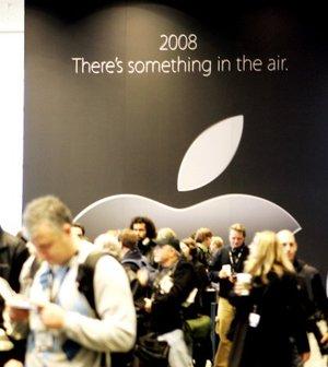 Jobs dijo que Apple ha vendido cuatro millones de iPhones durante sus primeros 200 días de venta.