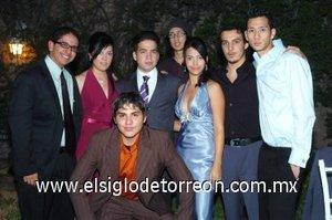 13012008 Billy, Karina, Liliana, Hans, Joan, Jean, Carlo y Paulo en reciente festejo nupcial.