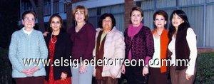13012008 Estelita del Bosque, Gema García, Claudia Reed, Meche Gallegos, Melita de Díaz Flores, Mayela del Rey y Ángeles de Carrera, Voluntarias de Acción Social en su primera reunión del año.