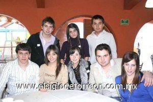 14012008 Mauricio Mijares, Claudia Lugo, Ana Sofía Mijares, Alejandro Mijares, Óscar Quiroz, Diego Mijares, Luly Batarse y Adolfo Mijares.