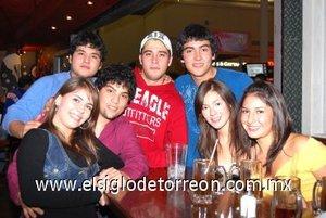 15012008 Denneb Bernal, Cristina Velazco, Juan Pablo Mijares, Juan Sebastián Ordaz, José Villegaz, Ely Barriada y Omar Aguirre.