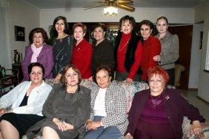 18012008 Any Isabel, Lili, Angelina, Olivia, Maru, Cecy, Carmelita, Licha, Magaly, Pilar y Bertha, integrantes del Grupo de los Martes.