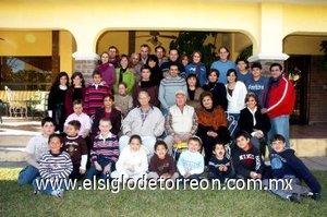 23012008 Entretenida tarde pasaron los integrantes de las familias Alatorre Carmona y Sosa Hurtado.