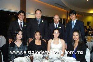 25012008 Carolina Mijares, Rubén Jáuregui, Iris Lomelí, David Jáuregui, Lupita Jáuregui, Rubén Jáuregui, Denisse Kort y Javier Palacios.