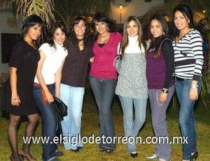 29012008 Sandra Yareli con sus amigas Jéssica, Cristy, Fátima, Ari, Berenice y Jéssica.
