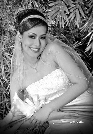 Srita. Georgina Cabrera Reyes el día de su boda con el Sr. Gustavo Alexis Medina Camacho. Studio Sosa