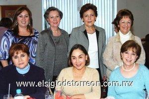 20012008 Susy de Rodríguez, Lupita de Barrios, Lupita de Rosas, Laura de Martínez, Alicia de Fernández, Bety de Gómez y Ana de De la Mora.