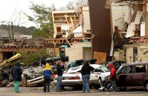Los tornados fueron parte de un raro fenómeno invernal que sacudió el Centro del país en varios estados.