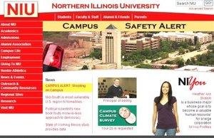 Vista de un mensaje que dice Alerta: tiroteo en el campus publicado en la página web de la Universidad de Illinois.