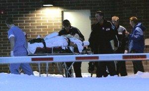 Diecisiete víctimas fueron trasladadas al Hospital Comunitario Kishwaukee en DeKalb, de acuerdo con la portavoz Theresa Komitas.