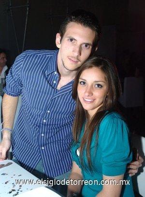 01032008 Guillermo Sandoval y Mariana Viesca.