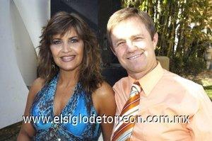 03032008 Cristina de Alatorre y Carlos Alatorre.