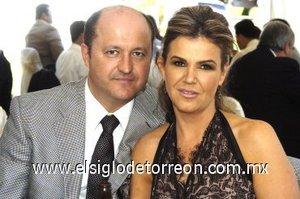 03032008 Sergio y Ana Laura de la Garza.