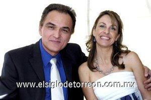 05032008 Enrique Castro y Marcela Estens.