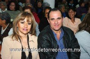 07032008 María de los Ángeles y José Ángel Fernández.