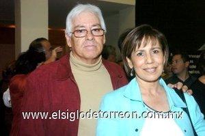 09032008 Javier Aguilar y Lili Morales de Aguilar.