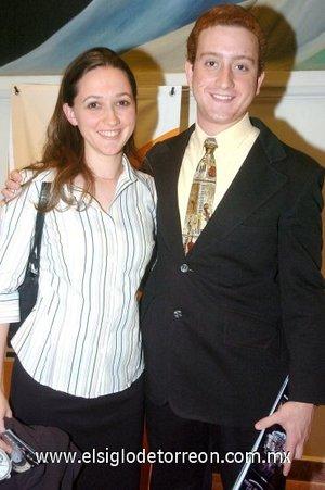 09032008 Amy Nielenga y Ethan Eager.