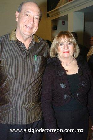 09032008 Gerardo e Hilda Alcalá.