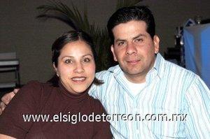 10032008 Gabriela y Alfonso Villegas.