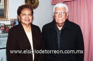 15032008 Ana María Castañeda Blanco y don José Cárdenas Rocha.