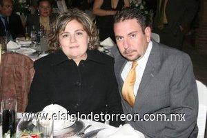16032008 Ana Cecilia de González y Jesús González.