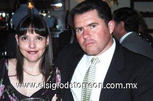 16032008 Leticia Villarreal de Dávila y Ernesto Dávila.