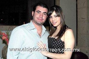24032008 Los novios José Luis Bazán González y Patricia Ortega Rodríguez, recibieron una bonita despedida de solteros.