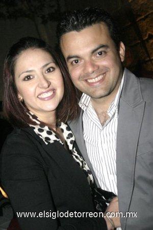 24032008 Mónica y Daniel Núñez.