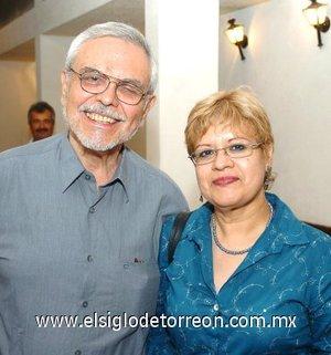 31032008 Manuel Saenz y Lupita Rivera.